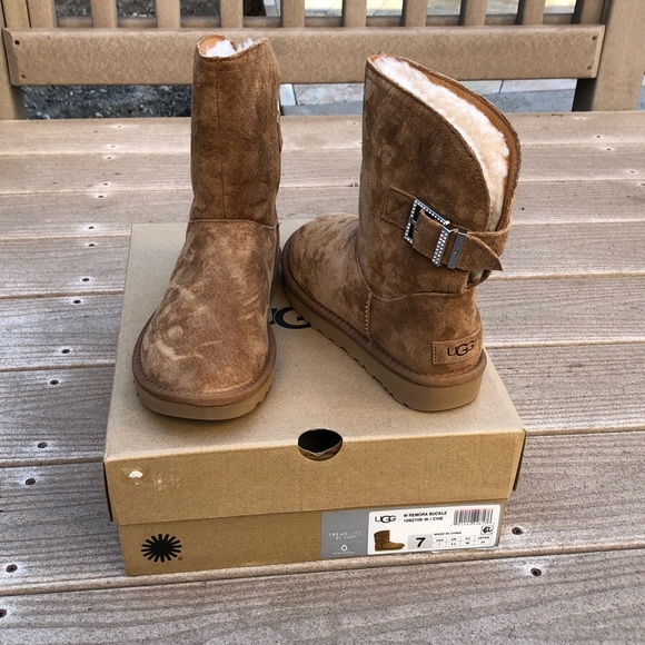 e44cc06a26a Authentic UGG with remora buckle rhinestone boots NWT